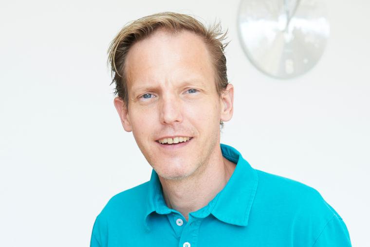 Dr. Armin Bauer